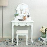 Toaletna mizica Madame de Pompadour